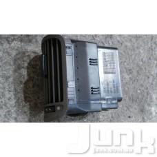 Дефлектор салона правый oe 8L0820901 разборка бу