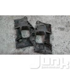 Крепления накладки порога правое для Audi A6 (C5) 1997-2004 oe 4B0853922B разборка бу