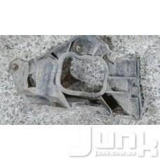 Крепление накладки порога правого для Audi A4 (B5) 1994-2000 oe 4B0853922B разборка бу