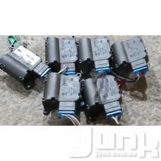 Сервопривод заслонки печки (моторчик заслонки) для Audi A4 (B6) 2000-2004 oe 0132801302 разборка бу