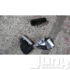 Дефлектор воздушный в обшивку стойки правый oe A2118301454 разборка бу