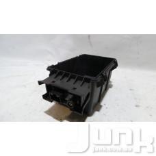 Вещевой отсек центрального подлокотника для Audi A3 8V