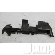 Дефлектор радиатора верхний правый для Audi Q5