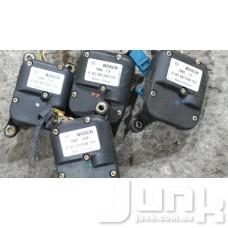 Сервопривод заслонки печки (моторчик заслонки) для Audi A4 (B5) 1994-2000 oe 0132801028 разборка бу