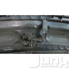 Крюк захватный капот для Audi A6 (C5) 1997-2004 oe 4B0823480E разборка бу