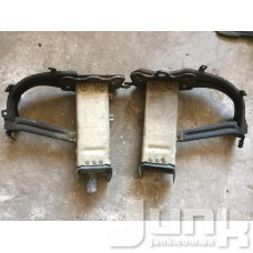Кронштейн переднего бампера правый (Абсорбер) oe A2116200895 разборка бу
