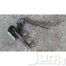 Петля капота права для Audi A4 (B5) 1994-2000 oe 3B0823302 разборка бу