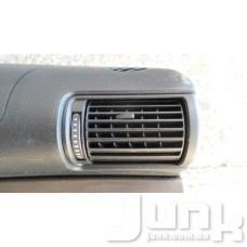 Дефлектор салона правый oe 8E0820902F разборка бу