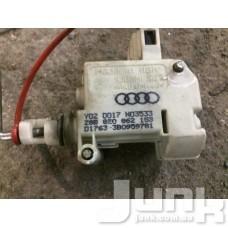 Механизм замыкания крышки заливной горловины для Audi A4 (B6) 2000-2004 oe 8E0862153 разборка бу
