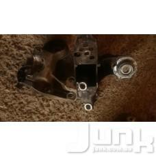 Кронштейн подушки двигателя левый oe 4B0199351B разборка бу