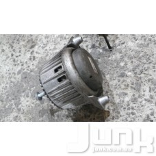 Опора двигателя левая oe A2122406317 разборка бу