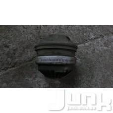 Опора двигателя oe A2202400617 разборка бу
