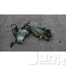 Форсунка омывателя лобового стекла левая для Audi A4 (B6) 2000-2004 oe 8E0955987 разборка бу