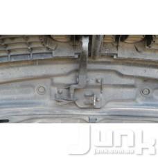 Замок капота (крюк захватный) для Audi A4 (B6) 2000-2004 oe 8E0823480B разборка бу