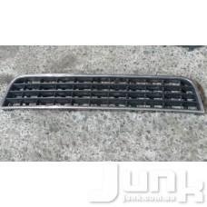 Решетка бампера центральная для Audi A6 (C5) 1997-2004 oe 4B0807683L разборка бу