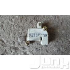 Активатор замка крышки багажника oe 3B0862159A разборка бу
