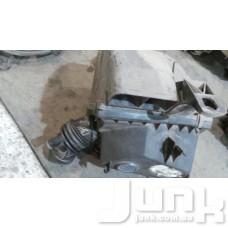 Корпус воздушного фильтра для Audi A4 (B5) 1994-2000 oe  разборка бу