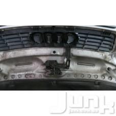 Крюк захватный капот для Audi A6 (C5) 1997-2004 oe  разборка бу