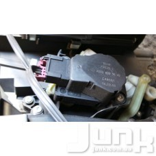 Сервопривод заслонки печки (моторчик заслонки) oe A2038201642 разборка бу