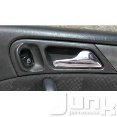 Ручка двери задней правой внутри. для W203 C-Klasse 2000-2007 Б/У oe  разборка бу