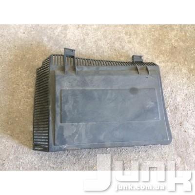 Крышка корпуса салонного фильтра правый для BMW E39 oe 64318364774 разборка бу