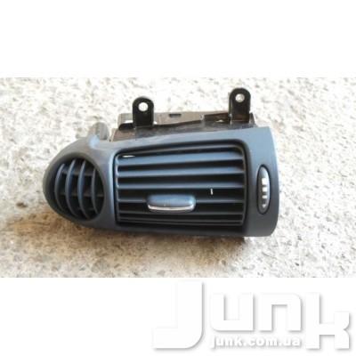 Дефлектор салона правый для W203 C-Klasse 2000-2007 Б/У oe A2038300254 разборка бу