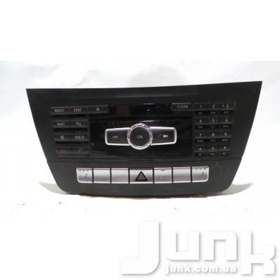 Магнитола для Mercedes W204 oe A2049009610 разборка бу