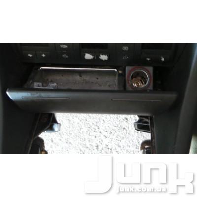 Пепельница для Audi A6 (C5) 1997-2004 oe 4B0857951F разборка бу
