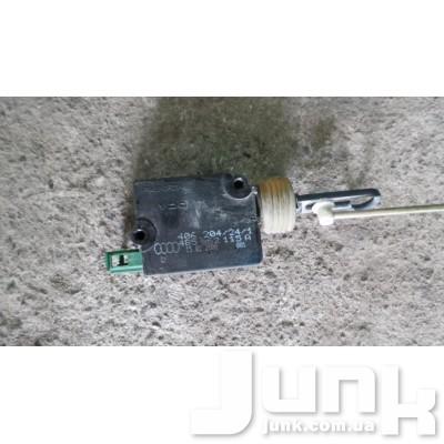 Активатор замка багажника для Audi A6 C5 oe 4B9962115A разборка бу