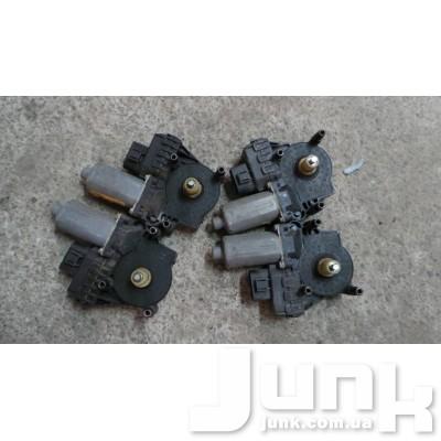 Моторчик стеклоподъёмника передний прав. для Audi A6 (C5) 1997-2004 oe 0130821774 разборка бу