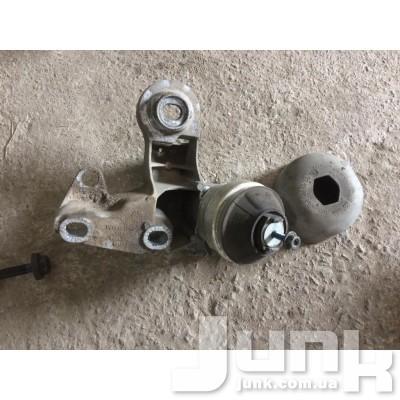 Кронштейн двигателя правый для A4 (B5) 1994-2000 Б/У oe 8D0199352H разборка бу