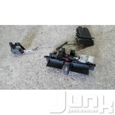 Активатор замка багажника для A6 (C5) 1997-2004 Б/У oe 4B5962115B разборка бу