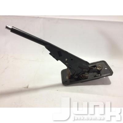 Рычаг стояночного тормоза (Ручник) для Audi A4 B5 oe 8D0711303F разборка бу