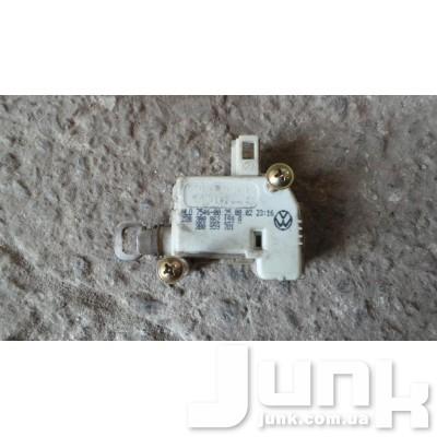 Активатор замка крышки багажника для A6 (C5) 1997-2004 Б/У oe 3B0862159A разборка бу