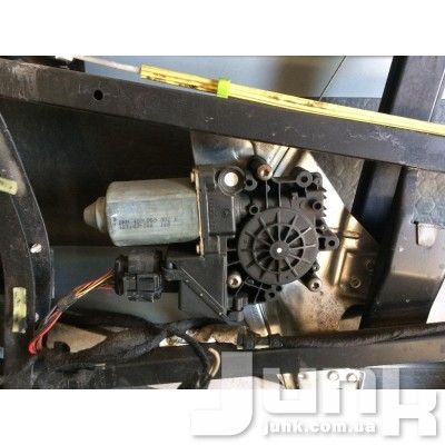 Моторчик стеклоподъёмника задний прав. для Audi A6 C5 oe 4B0959802B разборка бу