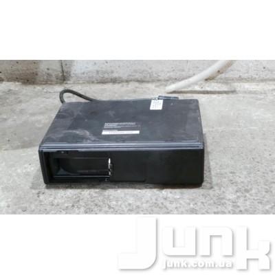 Ченджер компакт дисков для A6 (C5) 1997-2004 Б/У oe 4B0035111 разборка бу